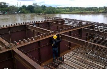 Puente Vehícular Puerto Lleras 2
