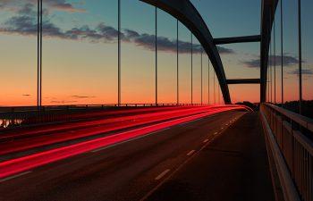 Puentes vehículares y peatonales